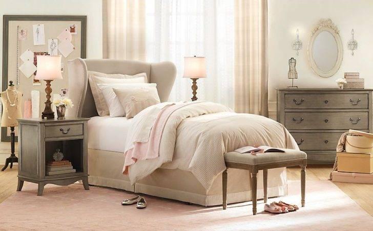 Cream Pink Gray Girls Room Interior Design Ideas