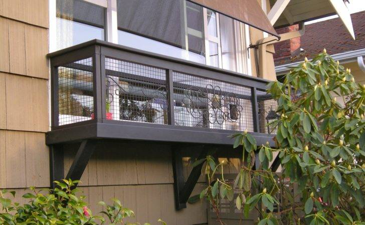 Creative Catio Featuring Outdoor Cat House Plans Ideas Design