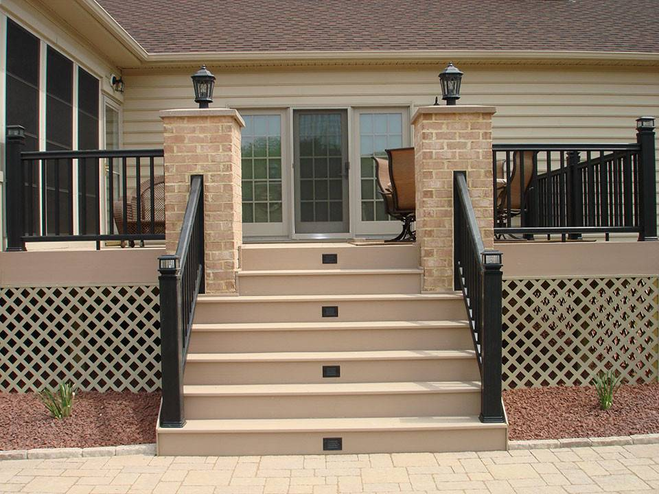 Creative Deck Designs Railings Composite Rails