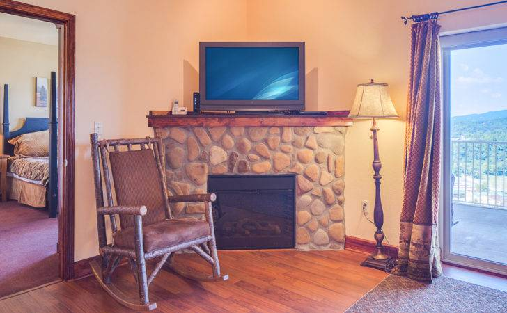 Crown Condo Bedrooms Fireplace Indoor Pool Mountain Sleeps