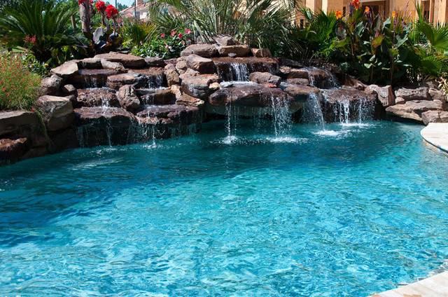 Custom Pools Tropical Pool Houston Cypress