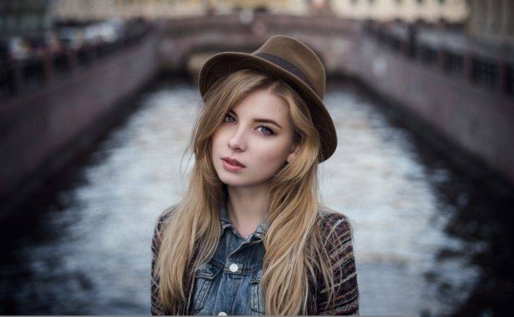 Cute Girl Face Hairstyle Large