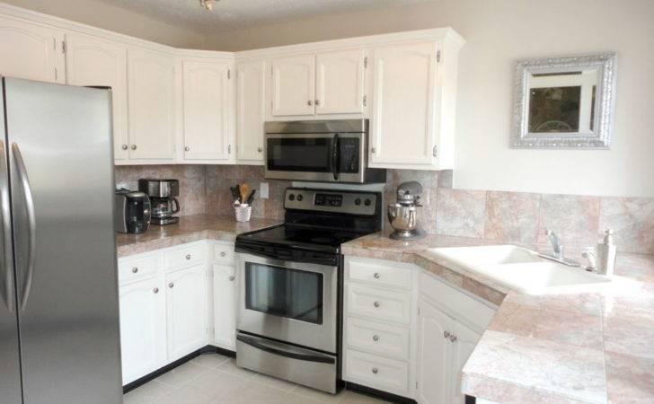 Dashing Kitchen Countertop Ideas White Wooden