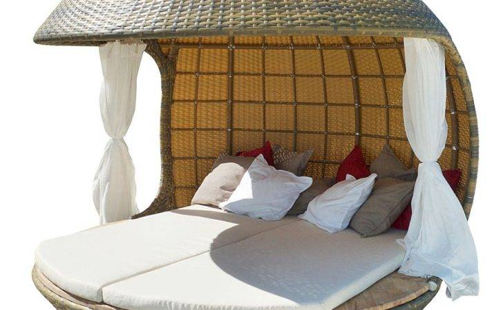 Daybed Intricate Organic Design Cocoon Tree Beach
