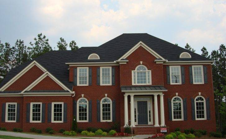 Decisions Which Shingles Look Best Red Brick Majestic Roofing