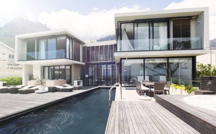 Define Luxury Real Estate Today Market