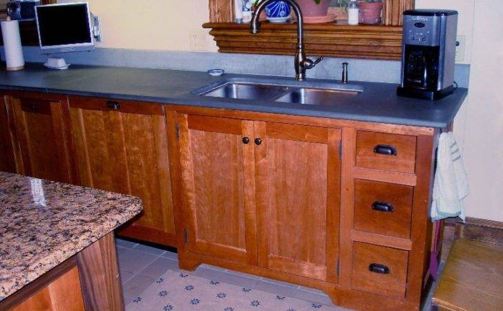 Delnero Custom Furniture Classic Shaker Style Cherry Kitchen