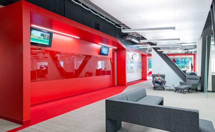 Design Blitz Finishes Comcast Office Red