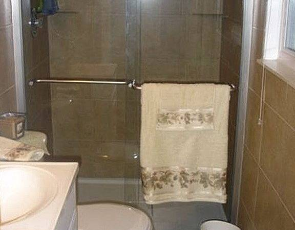 Design Small Bathroom Shower Well