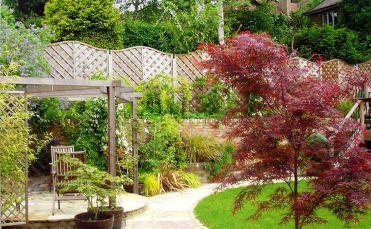 Design Triangular Garden Here Landscaping Ideas