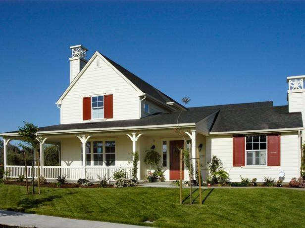 Designlens Red White Ranch Style House