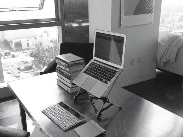 Desk Minimal Setup Desks Stand Forward