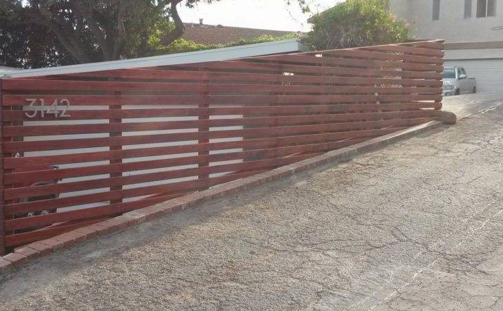 Detail Definition Horizontal Wood Fence Design