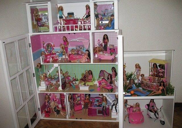 Diy Barbie Doll House Garagebarbie Houses