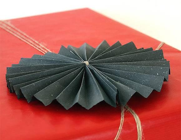 Diy Folded Paper Twine Gift Wrap