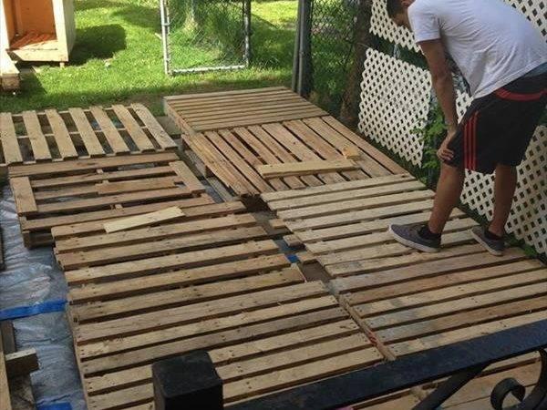 Diy Pallet Deck Tutorial Pallets