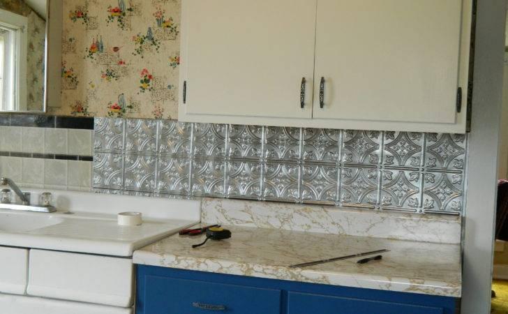 Diy Peel Stick Backsplash Easy Home Decorating Ideas