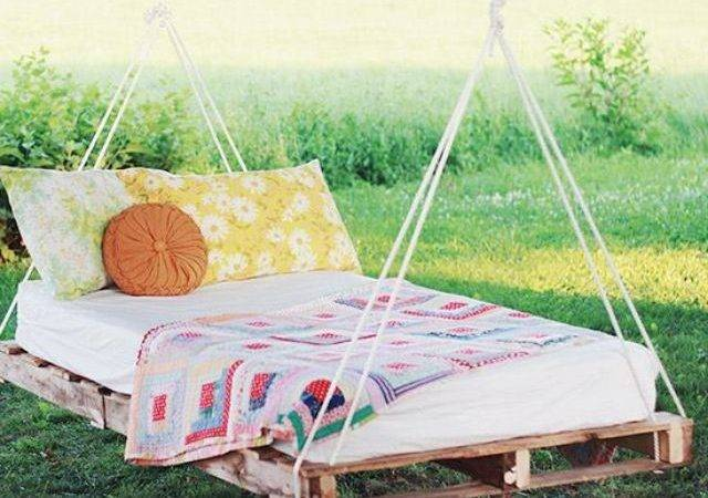 Diy Swing Bed Out Pallets Perfect Summer Would Love