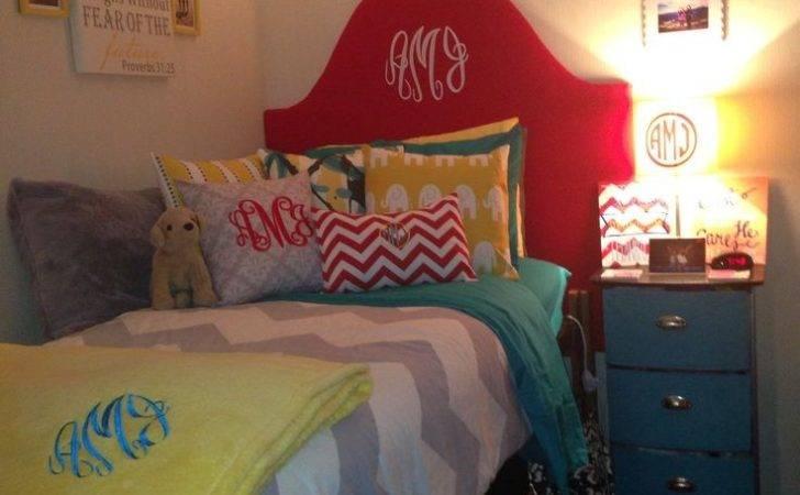 Dorm Room Love Idea Making Headboard Your Bed