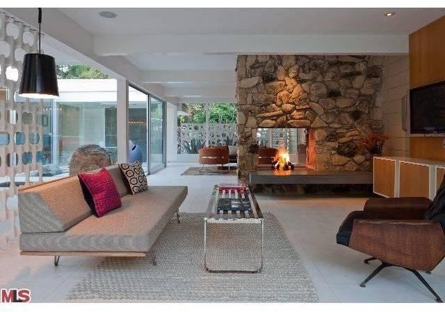 Double Sided Fireplace Like Idea Not Center
