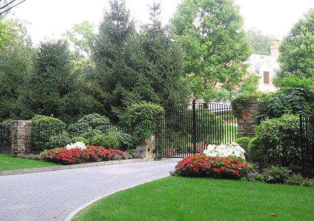 Driveway Landscape Design Plantings Traditional New