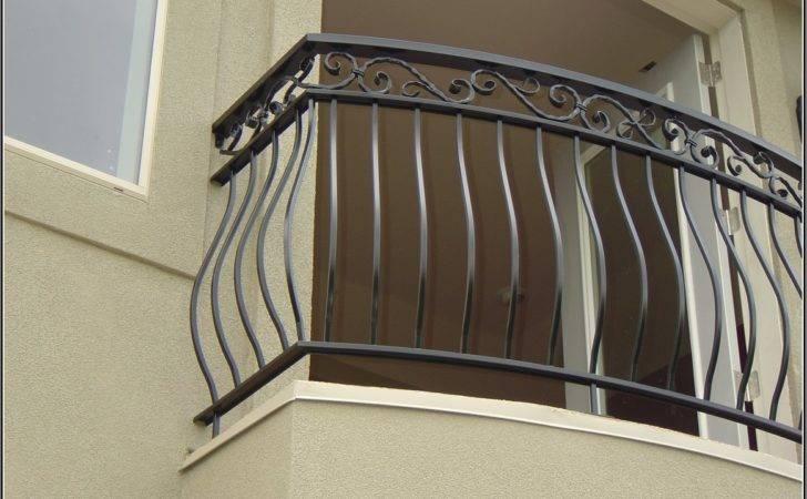Elegant Balcony Grill Design Small Area