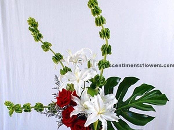 Enchanting Contemporary Flower Arrangement