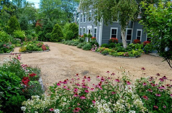 End Driveway Landscape Ideas
