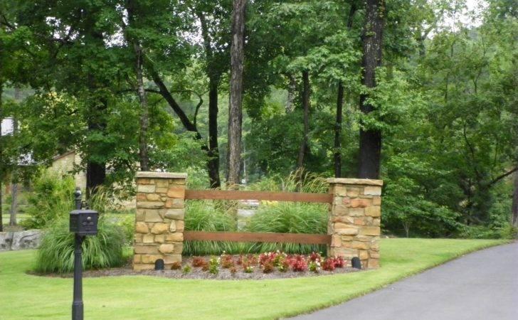 Entrance Landscaping Driveway Landscape Designs