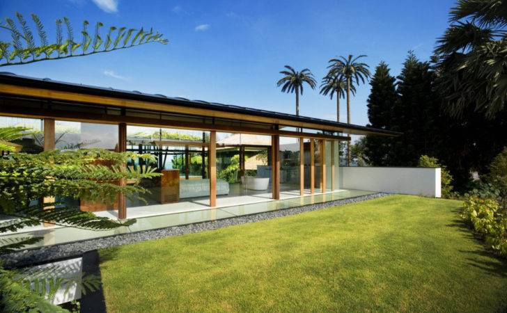 Environmentally Friendly Modern Tropical House Singapore