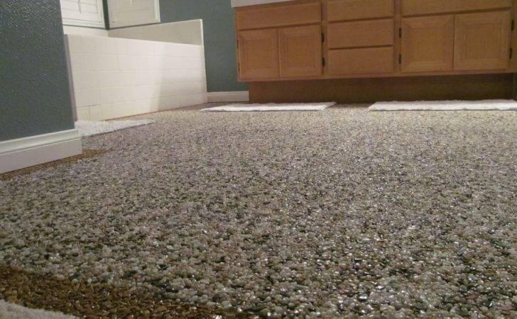 Epoxy Vista United States Pebble Stone Floor Bathroom