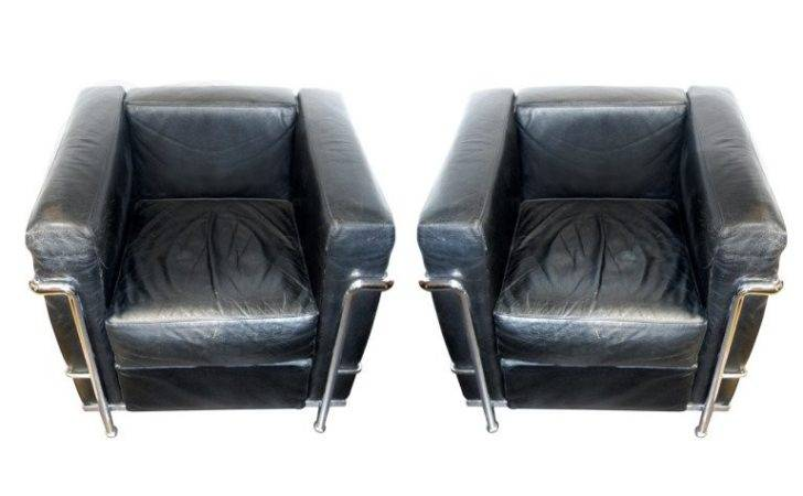 Fantastic Pair Corbusier Cassina Chairs
