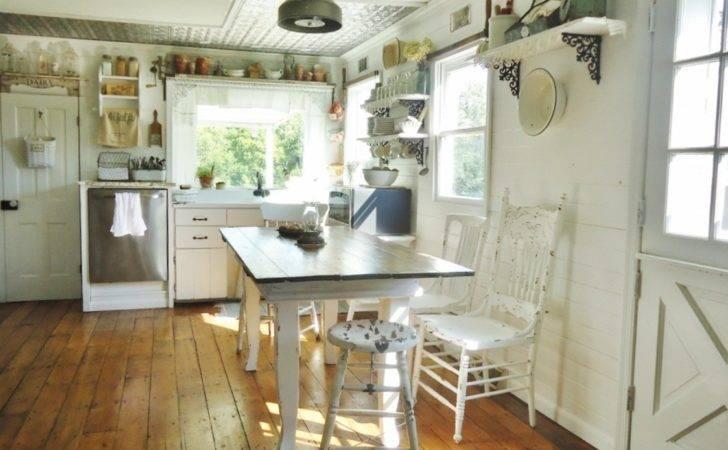 Farmhouse Vintage Home Decor Interior