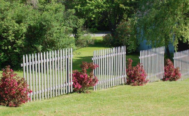 Fence Line Landscaping Ideas Creative Homeowners
