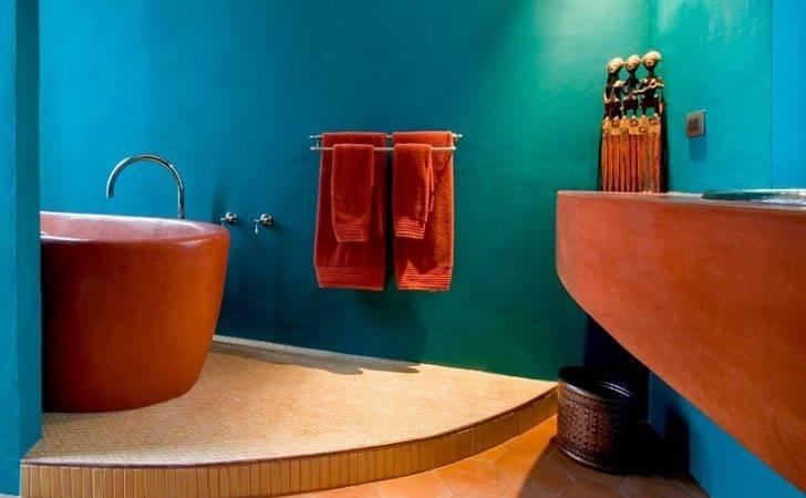 Finish Bathtub Adds Trendy Mediterranean Style Design