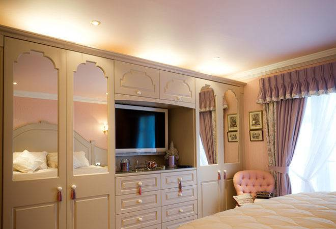 Fitted Bedroom Furniture Small Rooms