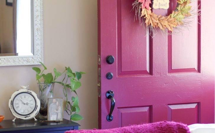 Front Room Fall Decor Plus Red Door
