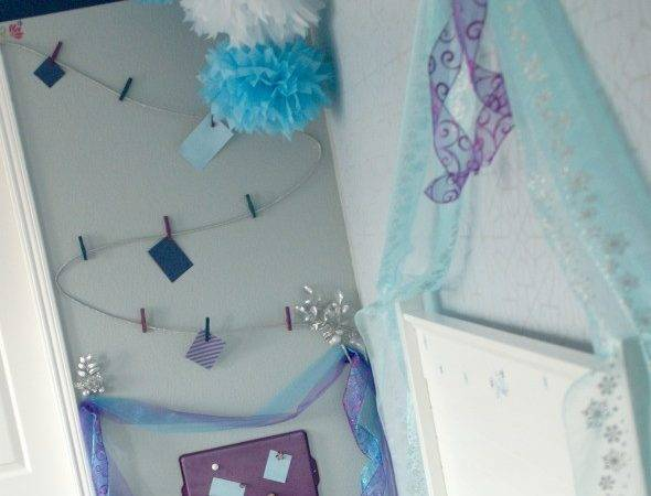 Frozen Inspired Bedroom Busymomshelper