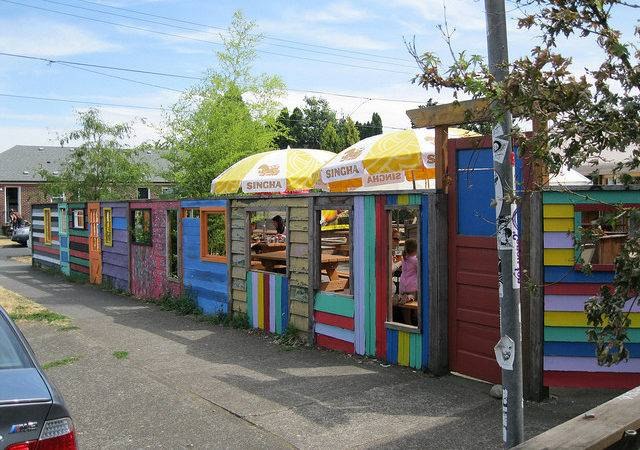 Fun Fence Around Outdoor Dining Area Flickr Sharing