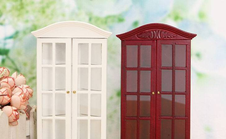 Furniture Modern White Red Wooden Display Cabinet Doll House
