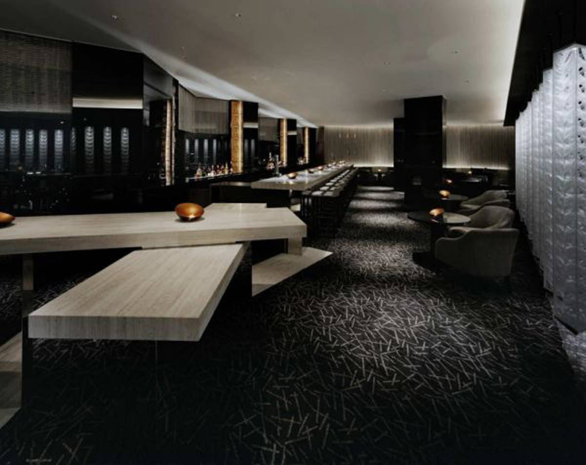 Futuristic Black Bar Interior Design Iroonie