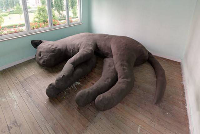 Giant Cat Couch Shaped Not Cats Geekologie