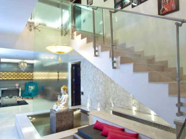 Glass Interiors Using Interior Design