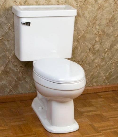 Good Looking Retro Style Toilet Renovation