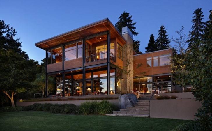 Grand Glass Lake House Bold Steel Frame