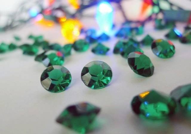 Green Acrylic Gems Emerald Carat Christmas