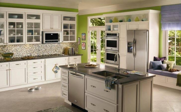 Green Wall Kitchen Design Ideas