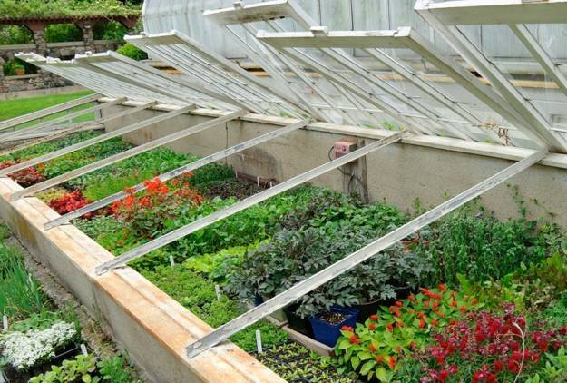 Greenhouse Designs Small Design Ideas Recycling Salvaged