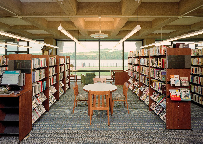 Grundy Library Beam Illuminating Architecture