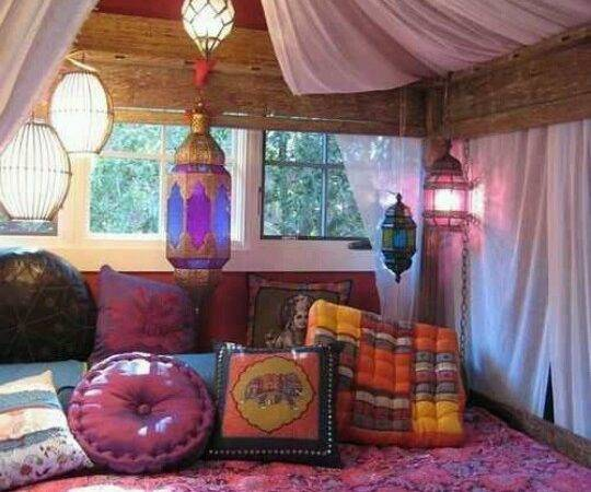 Gypsy Bohemian Style Bed Love Wooden Beams Canopy Just